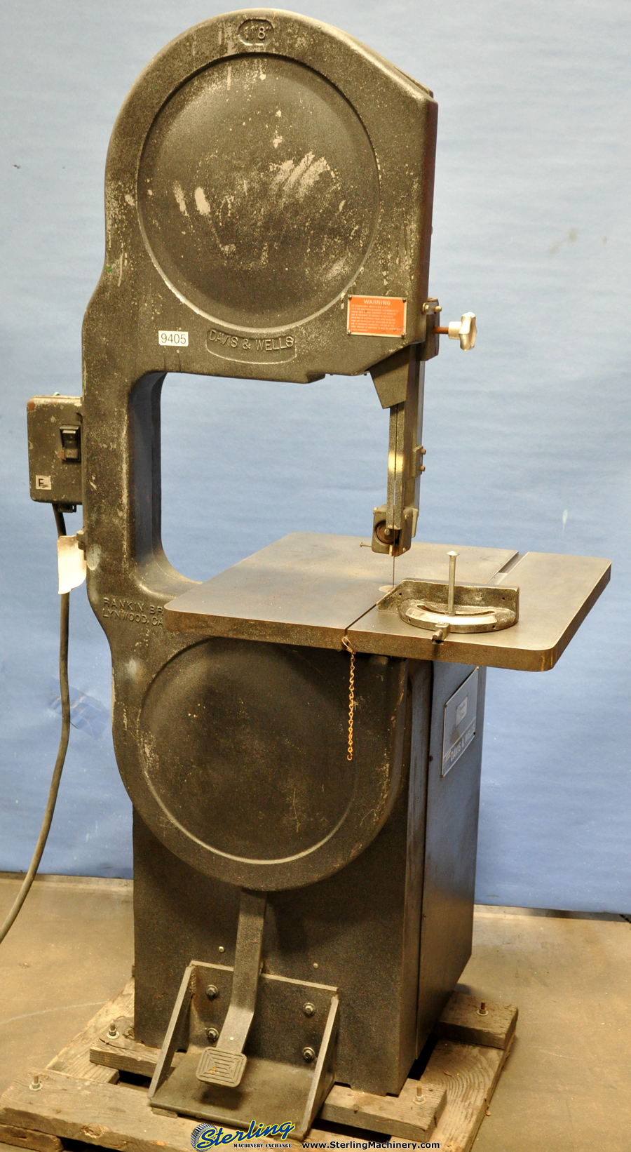 Vertical Lever Press : Quot used davis wells vertical band saw wood mdl