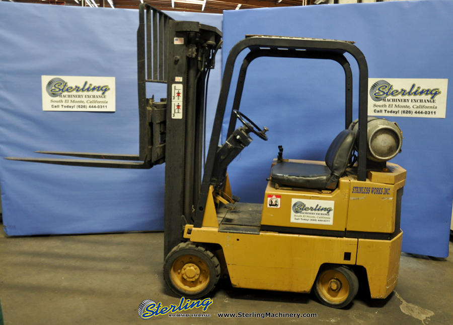 3 500 lbs used tow motor caterpillar forklift mdl for Used tow motors for sale